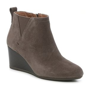 Vionic Greige Paloma Wedge Suede Ankle Bootie 7.5